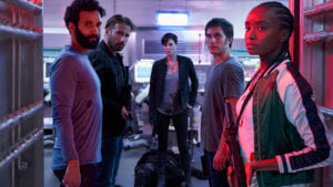 La Vieja Guardia, la película de Netflix con Charlize Theron y escrita por Greg Rucka que entretiene pero no embauca